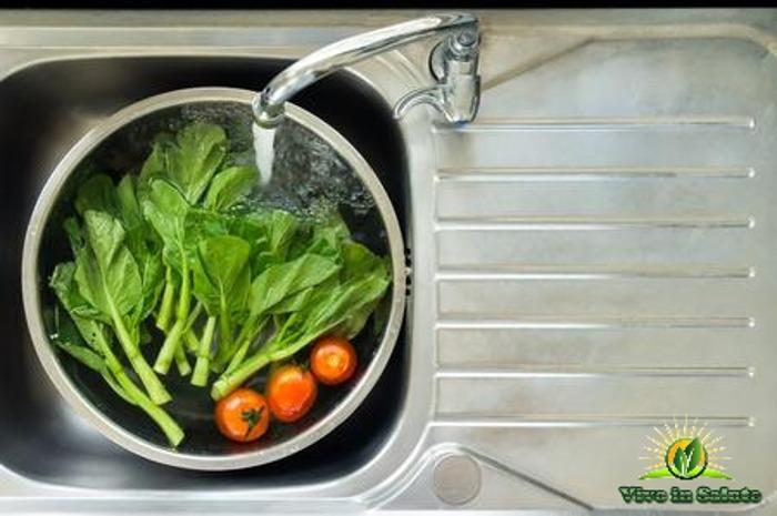 Rimuovere Pesticidi da frutta e verdura