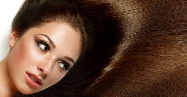 Modi naturali per raddrizzare i capelli